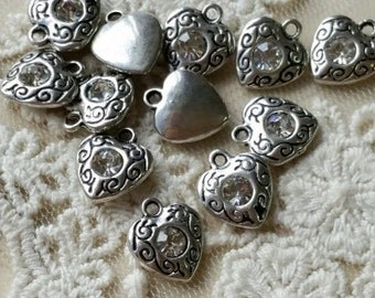 10 x 10 mm Tibetan Silver Heart Shape Charm Pendants / Drop Pendant / Clear Rhinestone  (.tu)
