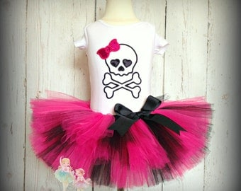 Skull outfit - Halloween skull costume - skull tutu outfit - pink and black skull outfit - custom embroidered outfit - skull birthday