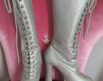 Silver Glitter Knee High Lace Up Platform Diva Boots size 10