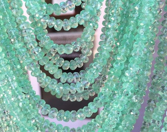 Sold by small lot if 10  beads Beautiful quality of natural Columbian Emerald facet size 4-4.5mm