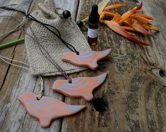 bird diffuser pendant, aromatherapy, essential oil, clay diffuser, terra cotta diffuser, ceramic diffuser,  oil diffuser, bird pendant