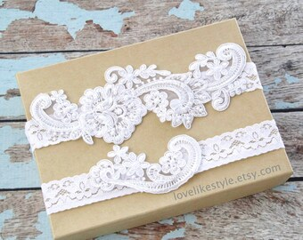 White  Pearl Beaded Lace Wedding Garter Set , White Lace Garter Set, Toss Garter , Keepsake Garter, White Wedding Garter / GT-53