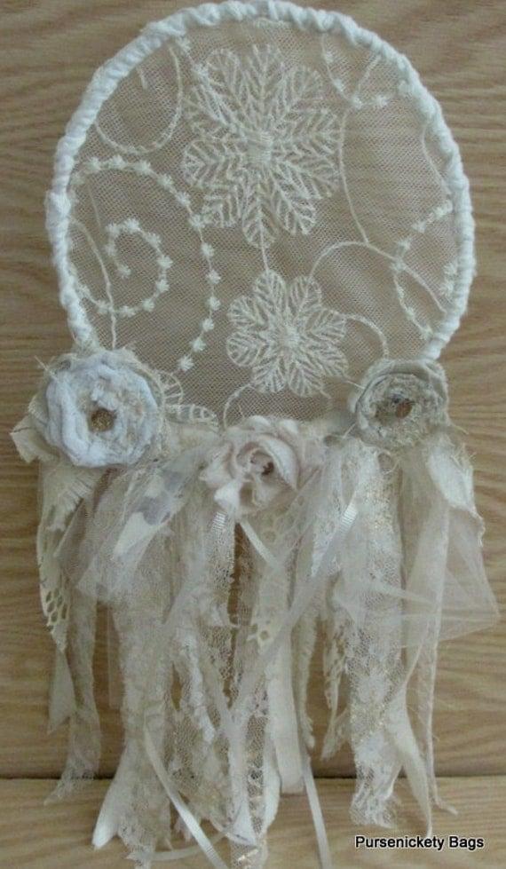 Shabby chic dream catcher vintage fabrics lace fringe - Telas shabby chic ...