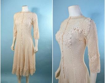 Vintage 30s Crochet Romantic Floral Midi Dress/Bohemian Cream Wedding Party Dress/ Flare Midi Skirt Fitted Button Front Hippie Dress S