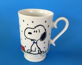 Vintage Peanuts Gang Snoopy Pedestal Mug Cup Snows on French Toast Schulz