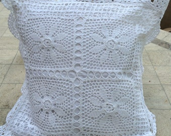 White square cotton crochet cushion cover with scalloped edge