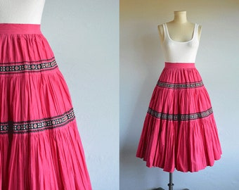 Vintage 1950s Patio Skirt / 50s Fuchsia Pink Black Southwest Rick Rack Full Tiered Southwest Skirt