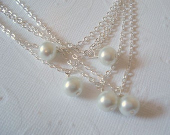Set of 5 Pearl Bridesmaid Necklaces Pearl Necklace Bridesmaid Necklace Pearl Pendant Jewelry