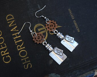 Steampunk Jewelry, Steampunk Alice Jewelry, Alice in Wonderland, Drink Me Jewelry, Gear Jewelry, Steampunk Earrings, Alice Earrings Drink me