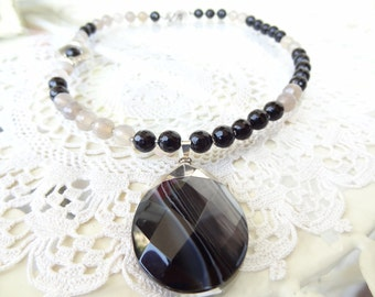 Black Onyx,Grey Agate Necklace, Black Onyx Pendant, Stones Jewelry, Black Onyx,Grey Agate Necklace, OOAK, Elegant,Feminine, Women Gifts