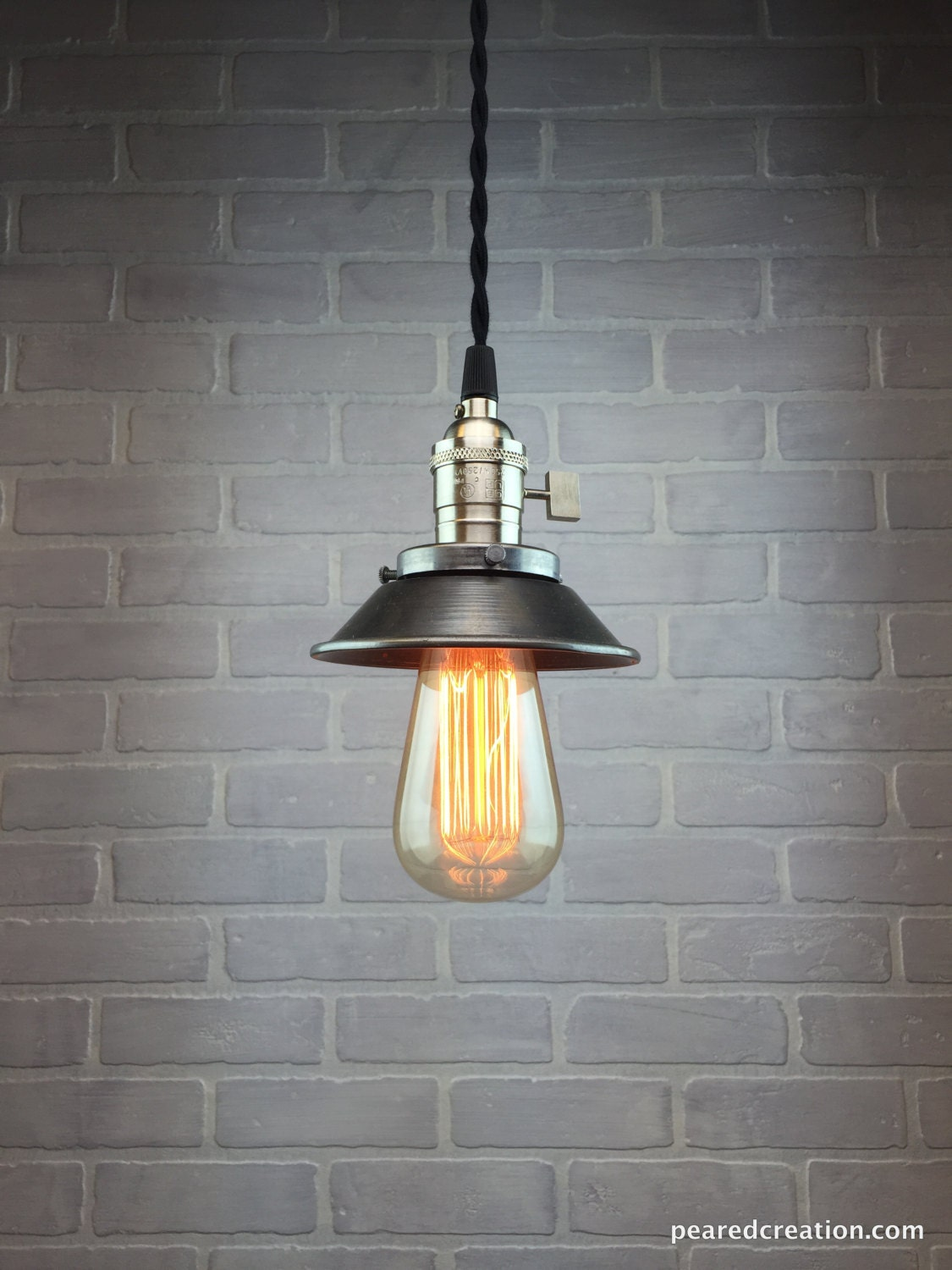 Industrial pendant lamp edison bulb pendant metal shade for Industrial bulb pendant