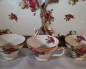 35% OFF- Coupon SAVE35NOW - Vintage Tea and luncheon plates, 1940's era