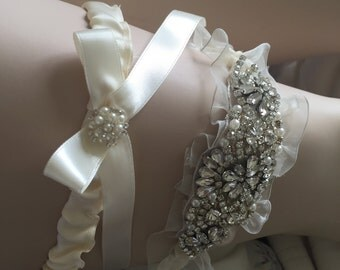 Wedding Garter, Bridal Garter, Garter Set - Crystal Rhinestone & Pearls- Organza ribbon - Satin ribbon