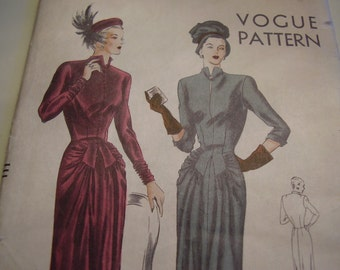 Vintage 1940's Vogue 6171 Dress Sewing Pattern, Size 14, Bust 32