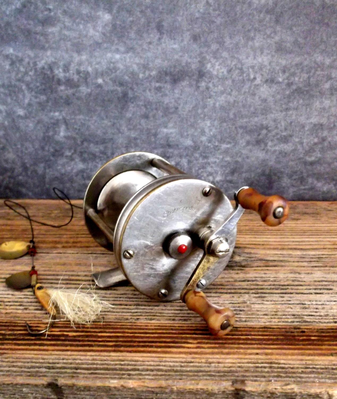 Reserve do not buy fishing reel vintage shakespeare for Shakespeare fishing reels