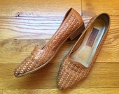 Vintage Leather Loafers / 8 1/2 - 9 / Vintage Woven Shoes