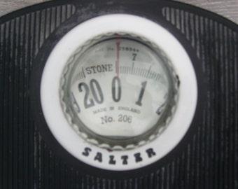 vintage salter bathroom scale