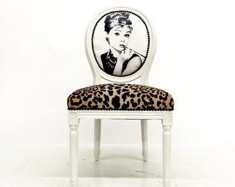 French Classic Hollywood Upholstered Accent Chair in Velvet Cheetah Animal Print Upholstery on White Glossy French Louis XVI Frame