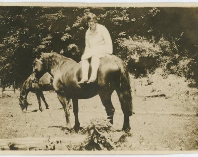 Riding School, c1920s, Vintage Snapshot Photo (57391)