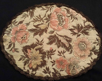 Victorian BROCADE OVAL DOILEY tapestry table runner table scarf applique metallic trim gobelin