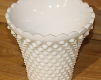 1 vintage MILK GLASS planter flower pot kitchen decorative home decor