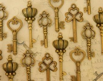 32 skeleton keys wedding keys set steampunk keys vintage old skeleton key bulk keys wedding invitation favor clé ancienne schlüssel
