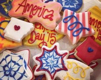 Fourth of July/ Memorial Day Decorated Cookies- 1 Dozen