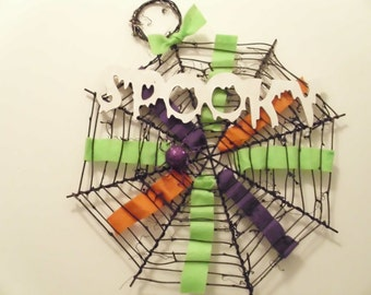 Spiderweb grapevine Halloween wreath