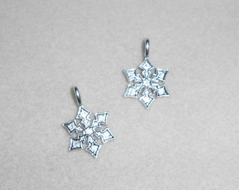 Silver Martial Arts Throwing Stars Charm