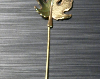 FREE SHIPPING! Vintage Leaf Scarf Pin