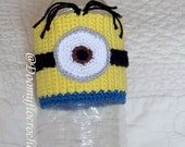 Crocheted Minion Cozy cup