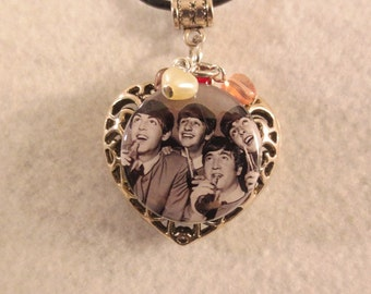Heart with The Beatles drinking a soda necklace