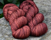 Simply Merino Fingering Weight - Bebe - Suzy Parker Yarns - Superwash Merino 100g 400 meters/437 yards