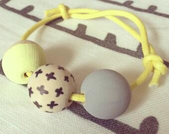 Cross 3 bead friendship bracelet