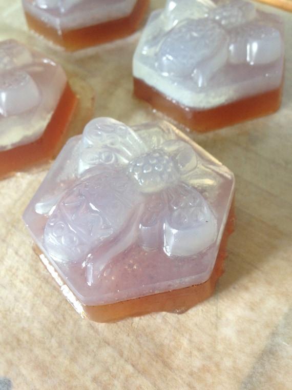 Honey + Myrrh Facial Bar
