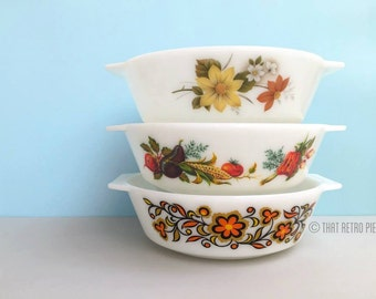JAJ Pyrex #509 round casseroles dishes [sold separately]