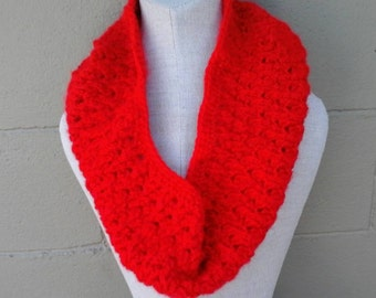 Infinity scarf, round scarf, choose your color cowl, crochet neck warmer, crocheted cowl, crocheted ladies bandana, ladies round scarves