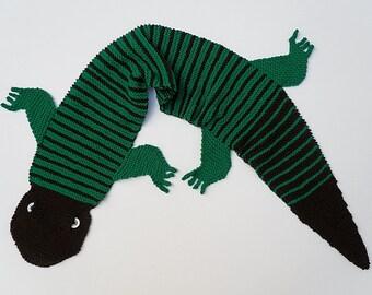 Knit / Gecko Scarf