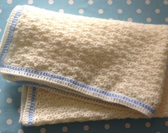 "Hand-made crochet baby blanket - 30""x20"""