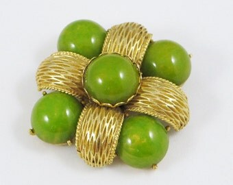 Cadoro signed Vintage rare couture Pin Brooch goldtone apple green marble Bakelite cabochon