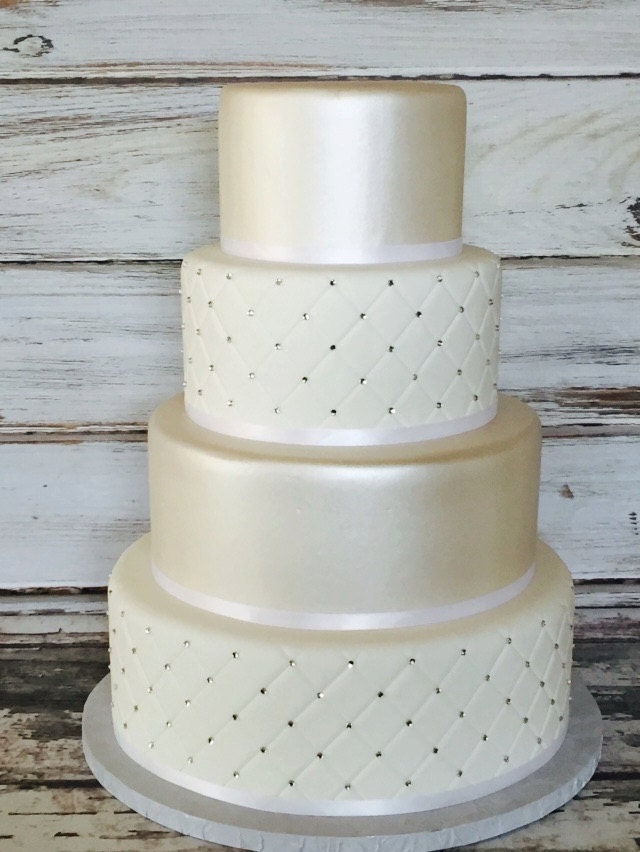 Cake With Fondant Storage : Chandeliers & Pendant Lights