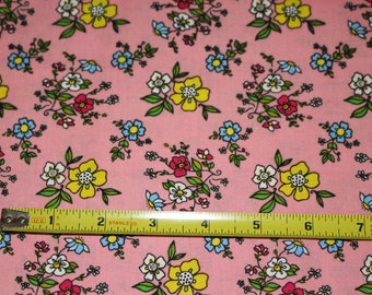 High Quality Henry Glass Pink Medium Floral Cotton Quilting Sewing Craft Fabric~ 1 YD