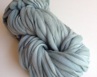 Handspun Thick and Thin Merino Yarn - 50 yds - Stonewash