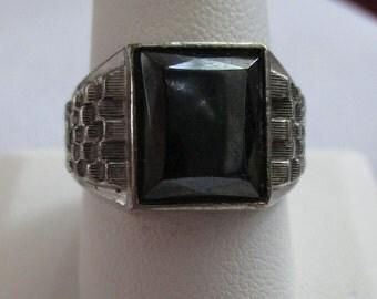 Vintage 18kt H G E ring - Estate find! Priced accordingly!