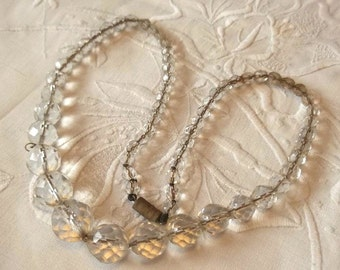 Vintage Art Deco Clear Faceted Crystal Glass Bead Graduating Necklace