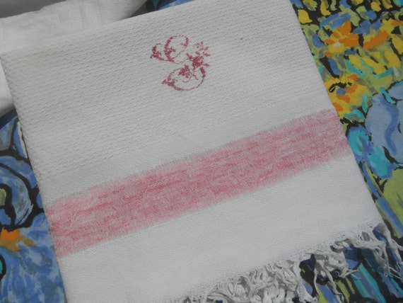 Art Deco Bath Towel French 1930 Fringed White Waffle Cotton Towel Monogrammed Pink Band #sophieladydeparis