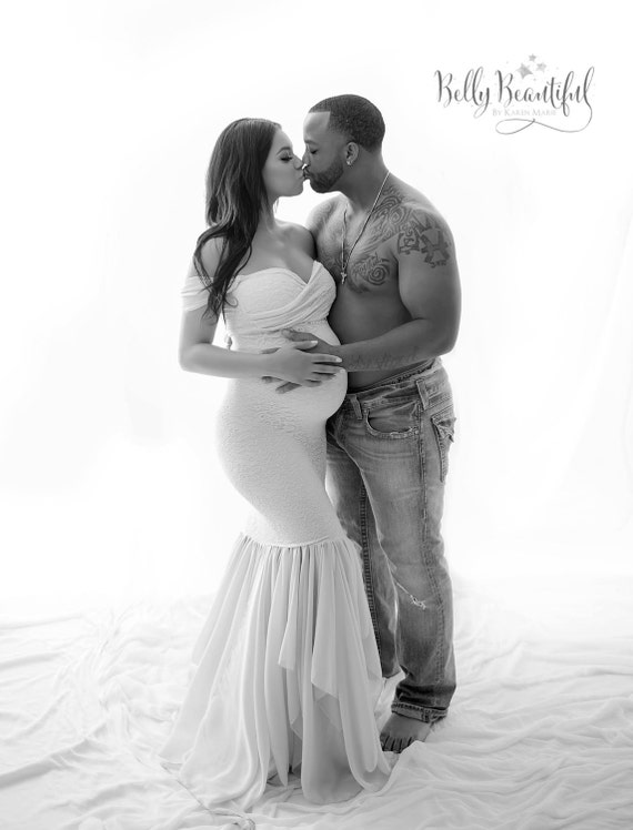 senior photo shoot outfit ideas - Samantha tm Maternity Gown Fitted Lace by