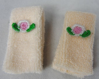 Vintage 1:12 Dollhouse Miniature Peach Hand Towels Set of 2 Pink Rose Flower Applique