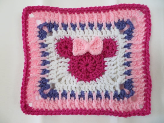 Pattern Minnie Mouse Blanket. Great for a Shower or Baby ...