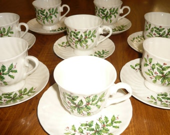 Hitkari Potteries Teacup and Saucer Set For 8 / Holly Berries / Christmas Holiday / Bone China Made In India / Serving
